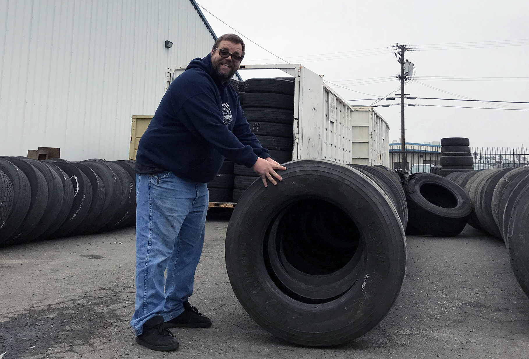 Tire Shops In Modesto >> About Us - McCoy Truck Tires